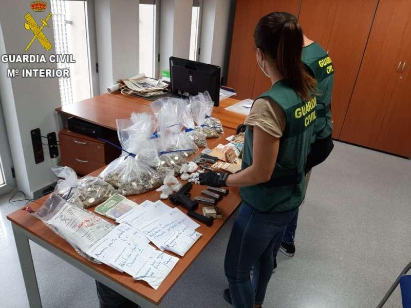 Desarticulan una organización criminal en Albal dedicada al tráfico de drogas y blanqueo de capitales