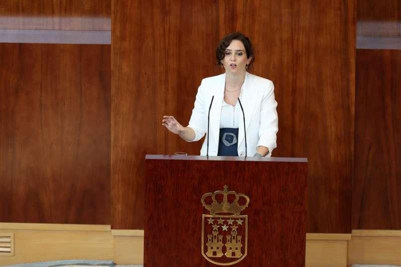La presidenta de la Comunidad de Madrid, Isabel Díaz Ayuso, durante su intervención en la segunda sesión del debate sobre el estado de la región, celebrada este martes en la Asamblea de Madrid. EFE/Juanjo Martín