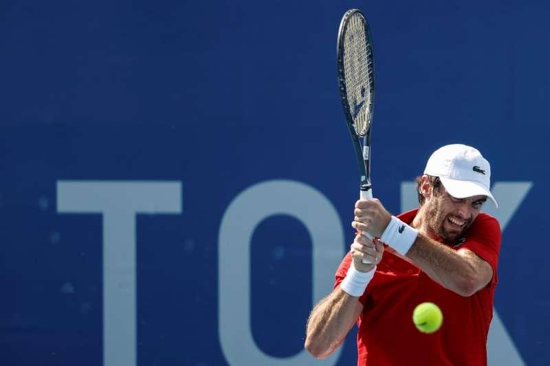 El tenista Pablo Andujar cayó eliminado en los Juegos Olímpicos en su debut ante el francés Ugo Humbert en primera ronda en el Ariake Tennis Park de Tokyo. EFE/ Kai Foersterling