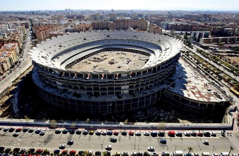 Vista aérea del nuevo campo de Mestalla, cuyas obras dieron comienzo en agosto de 2007.