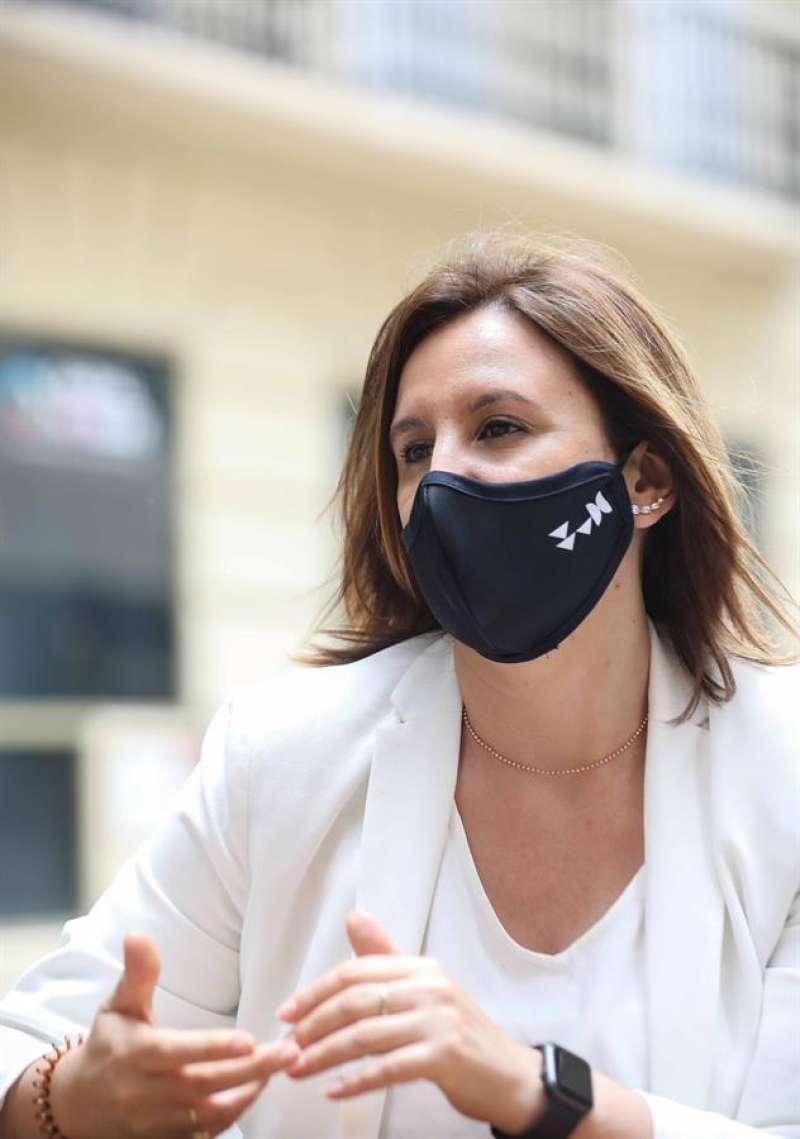 La portavoz del PP en el Ayuntamiento de Valencia, María José Catalá, durante la entrevista con la Agencia EFE. EFE/Ana Escobar