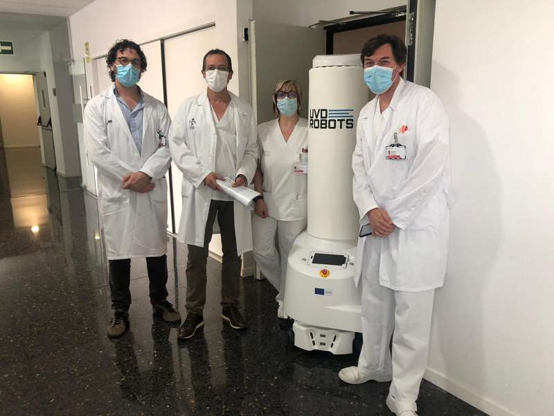 El robot de Llíria abans de les tasques de desinfecció. EPDA.