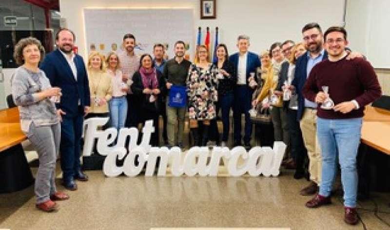 Foto de familia de los integrantes de la Mancomunitat. / EPDA