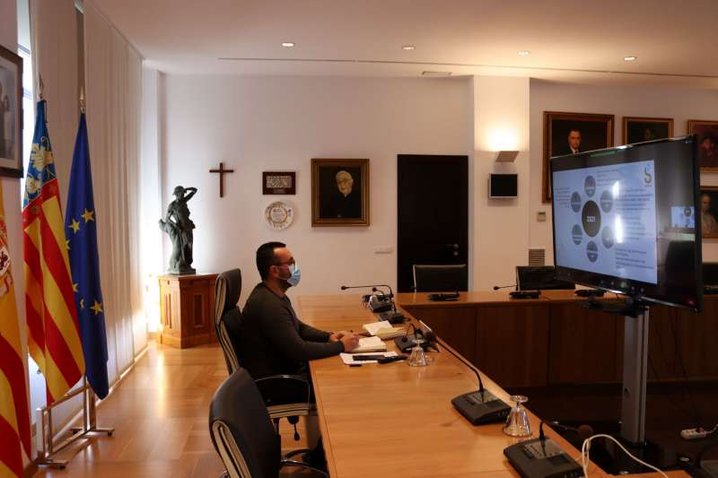 José Benlloch en la reunión