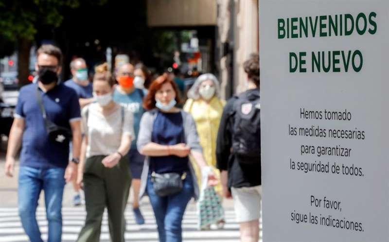 Detalle de un cartel de una gran superficie comercial. EFE