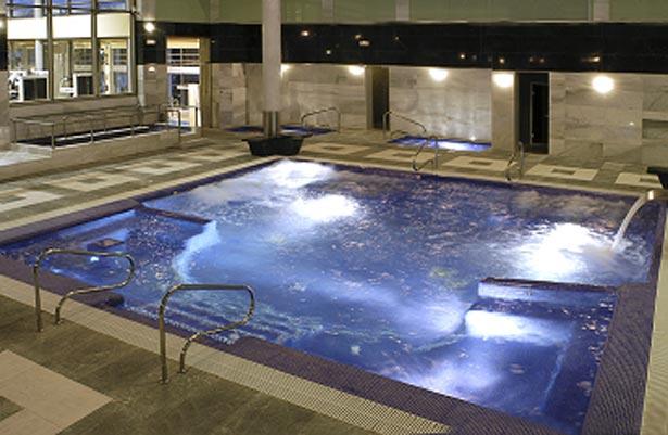 Una de las piscinas del Spa de La Caderona. FOTO LACALDERONA.COM