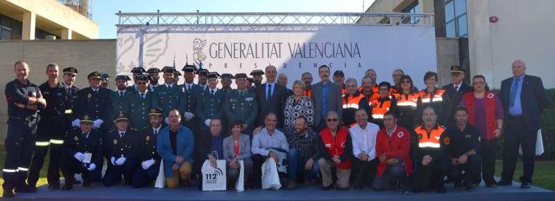 La Agrupación de Protección Civil de Nàquera en el momento de recoger su reconocimiento. //EPDA