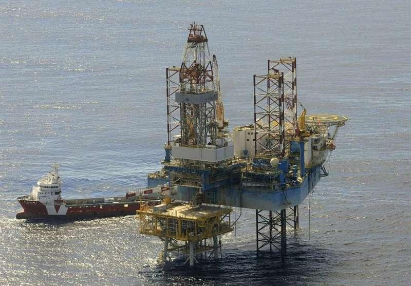 Fotografía de archivo de la plataforma del almacén subterráneo de gas natural del Proyecto Castor. EFE