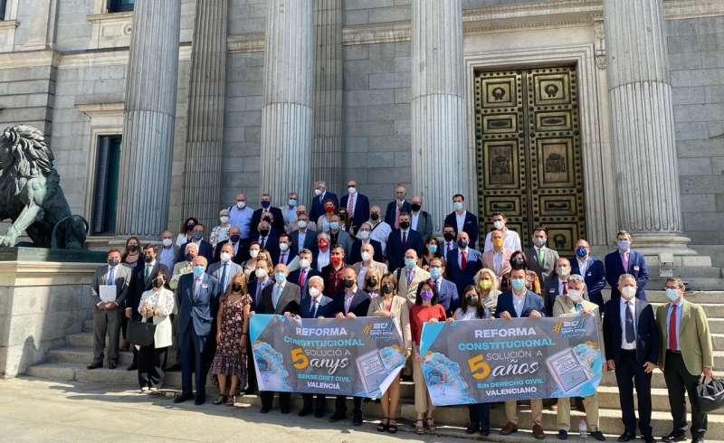 Juristas Valencianos en las puertas del Congreso