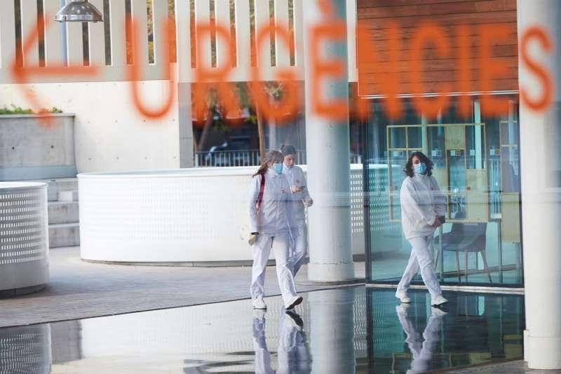 Imagen de archivo de la puerta de Urgencias.