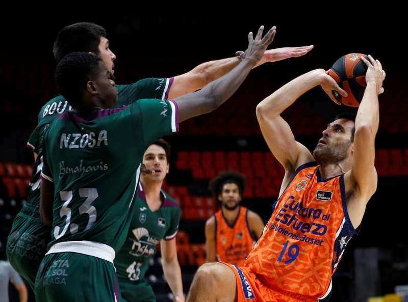 El alero del Valencia Basket, Fernando San Emeterio / EFE