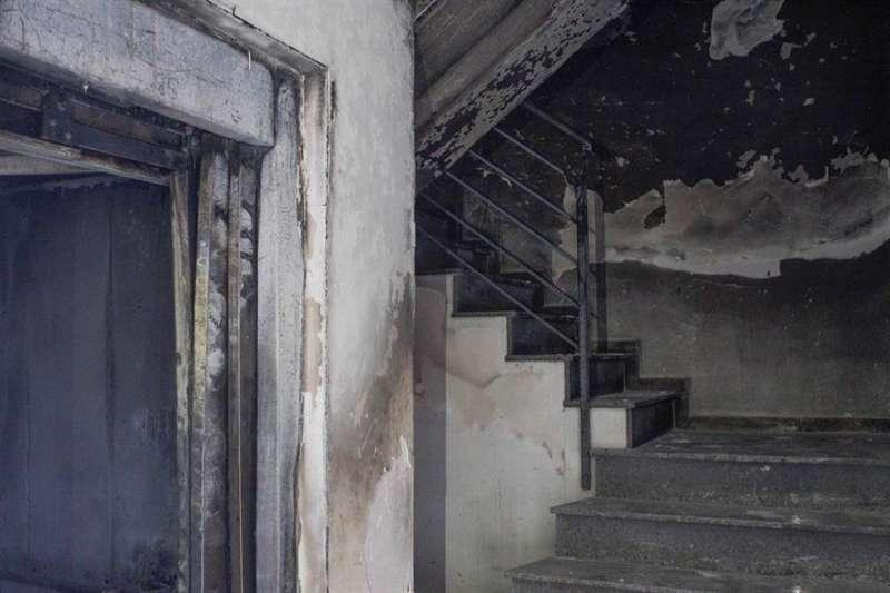 Vista de los desperfectos generados por un incendio. EFE/Archivo