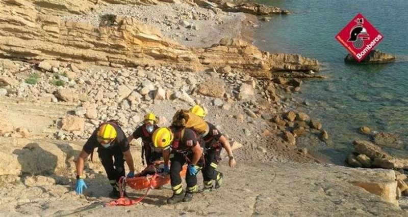 Momento del rescate, en una imagen facilitada por el Consorcio de Bomberos de Castellón