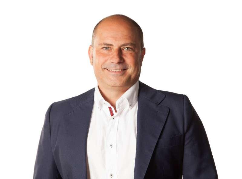 Julián Vecina. EPDA