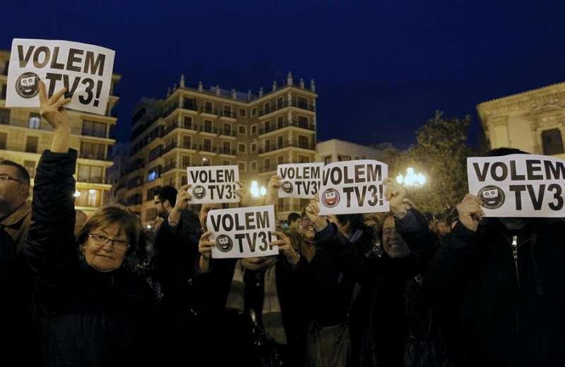 Protestas en 2011 por el cierre de los repetidores de TV3. Archivo EFE