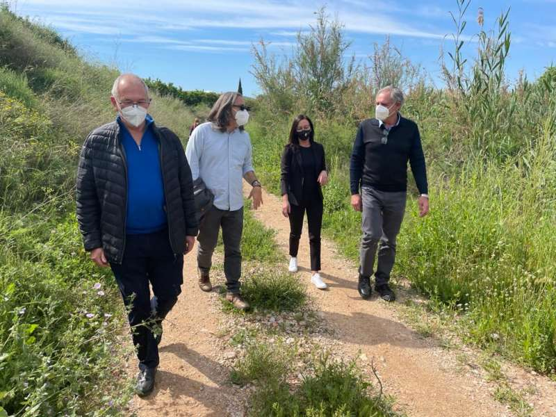 Visita de María Josep Amigó a la localidad de Càrcer.