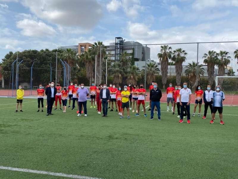Concentración del equipo nacional de relevos en Burjassot