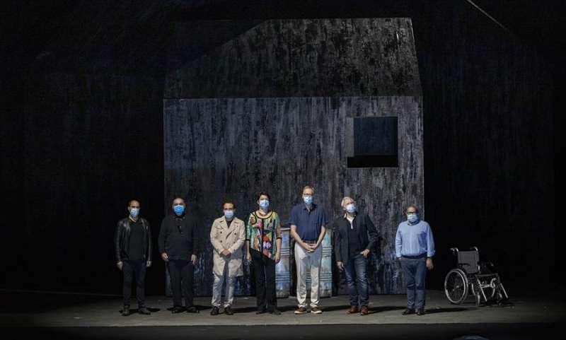 Foto cedida por el Palau de les Arts del equipo artístico de la ópera