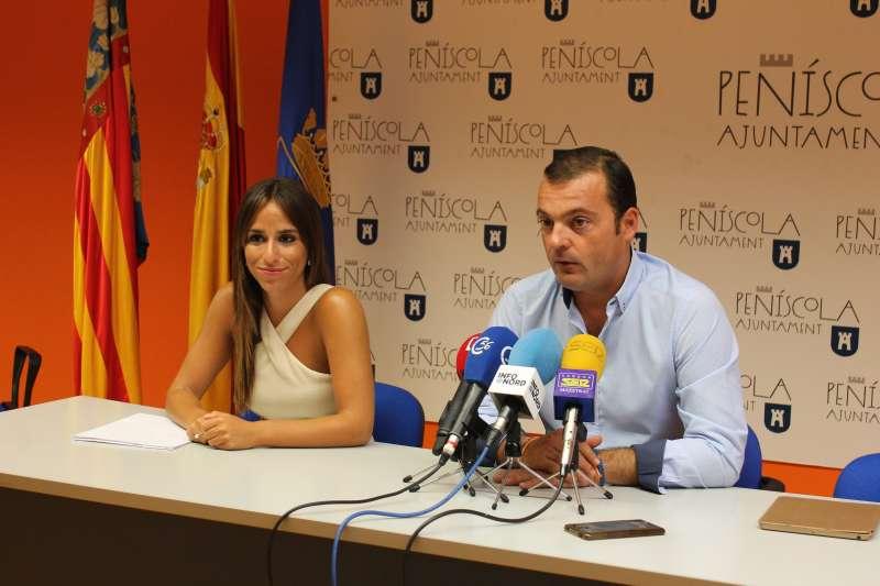 El alcalde de Peñíscola y la concejala de Participación Ciudadana.