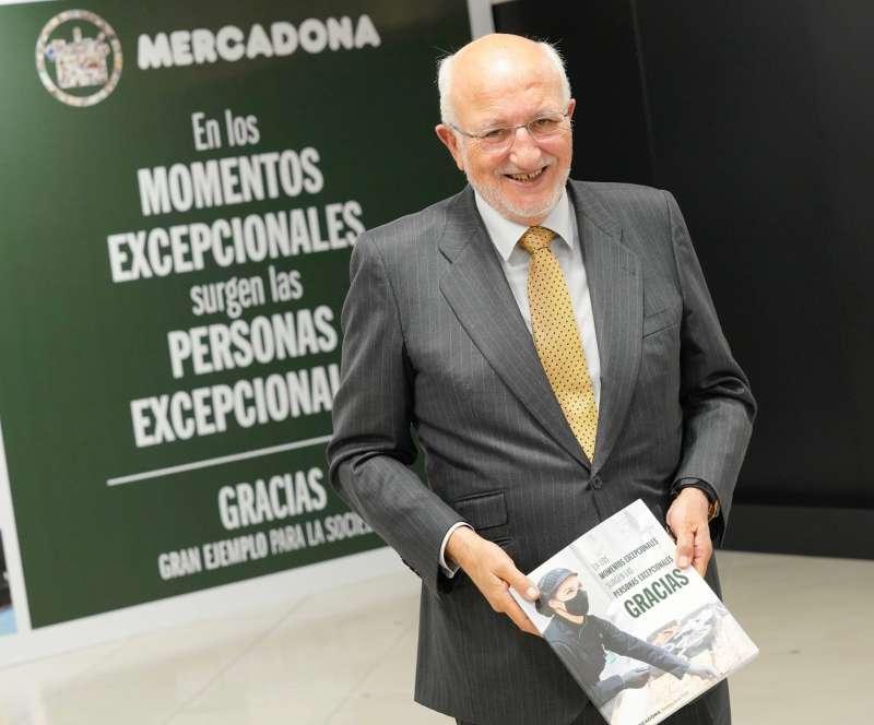 Juan Roig, presidente de Mercadona, tras la celebración de la Rueda de Prensa 2020