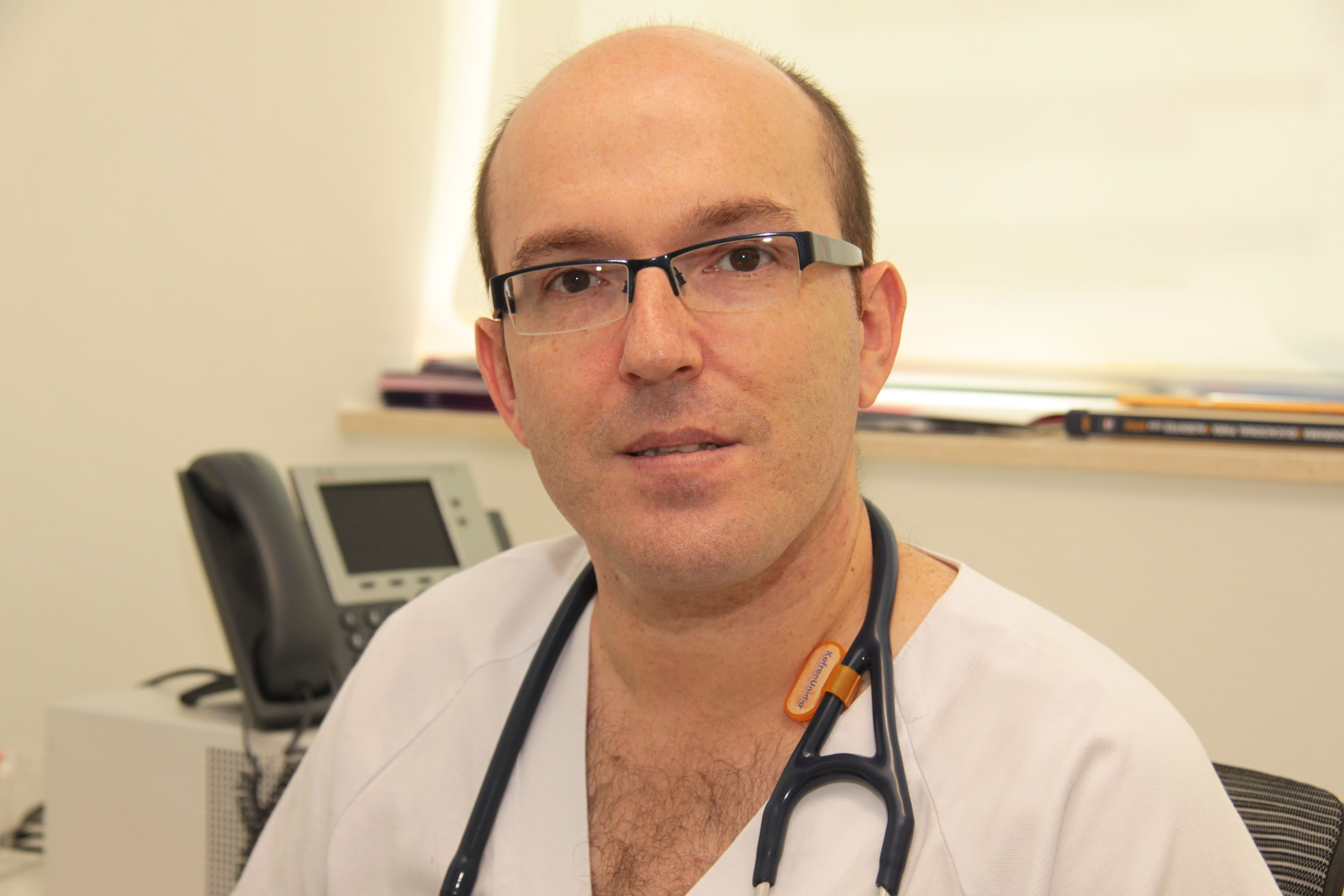 En la imagen, el doctor Miguel Ángel Martínez, neumólogo del Hospital Universitari i Politècnic La Fe.