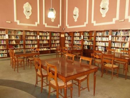La medida es una reclamación histórica de los usuarios y usuarias de la Biblioteca, sobre todo de la sala de lectura. Foto: EPDA.