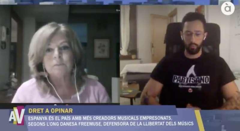 Consuelo Ordóñez y Valtonyc en A la Ventura de À Punt.