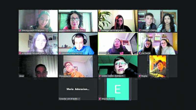Videoconferencia con los quintos