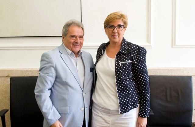 Alfonso Rus y Pilar Lozano. FOTO: DIVAL