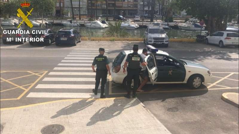 La Guardia Civil detiene a una persona por tres delitos de hurto en el interior de empresas y obras de construcción