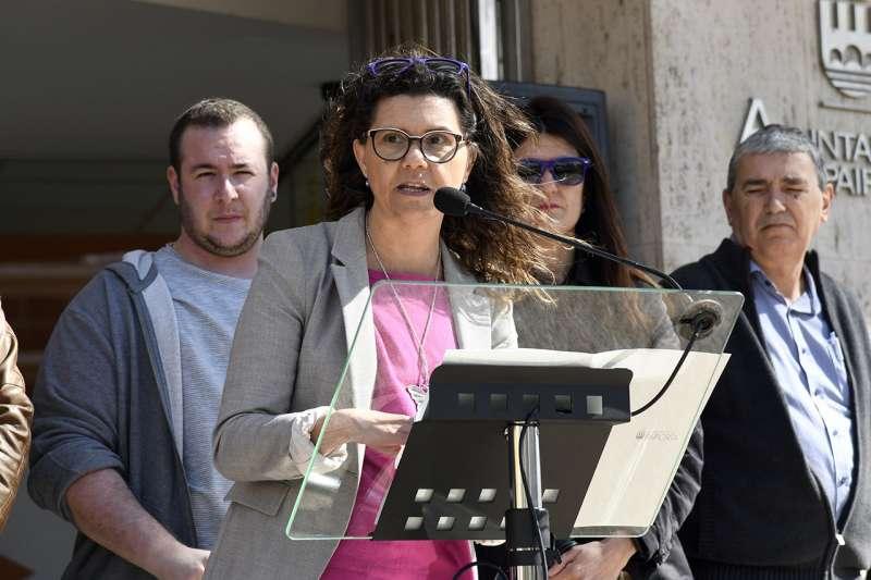 Isabel Martín pronunciando un discruso