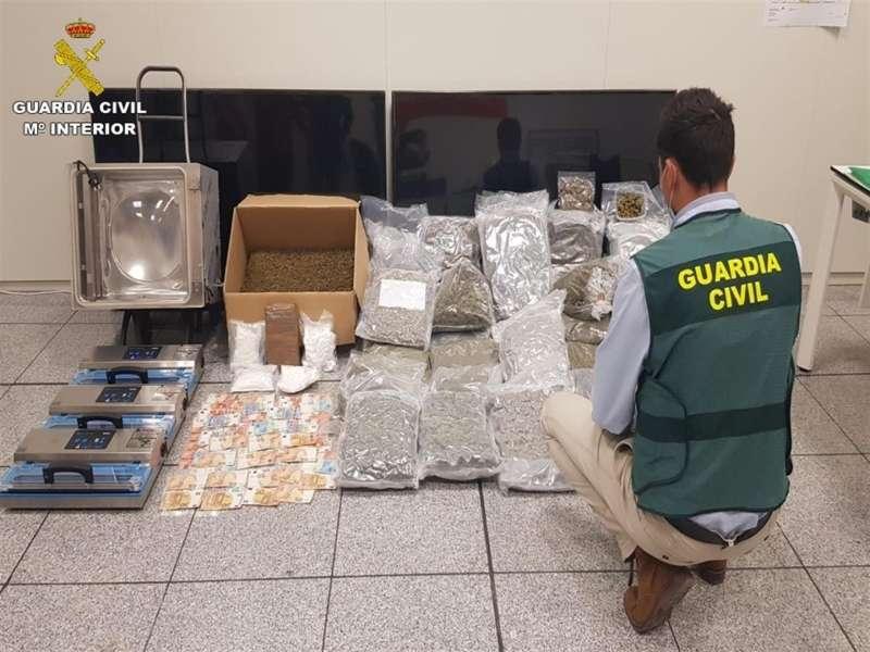 Una imagen del material intervenido, facilitada por la Guardia Civil.