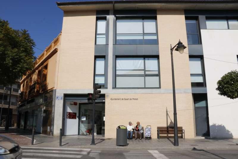 Fachada del Ayuntamiento de Quart de Poblet.