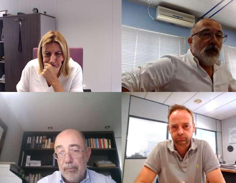 De izquierda a derecha: Lorena Ballester, Antonio Crespo, Pedro Coca y Alfredo Soler, en un momento de la reunión de la Junta Directiva.