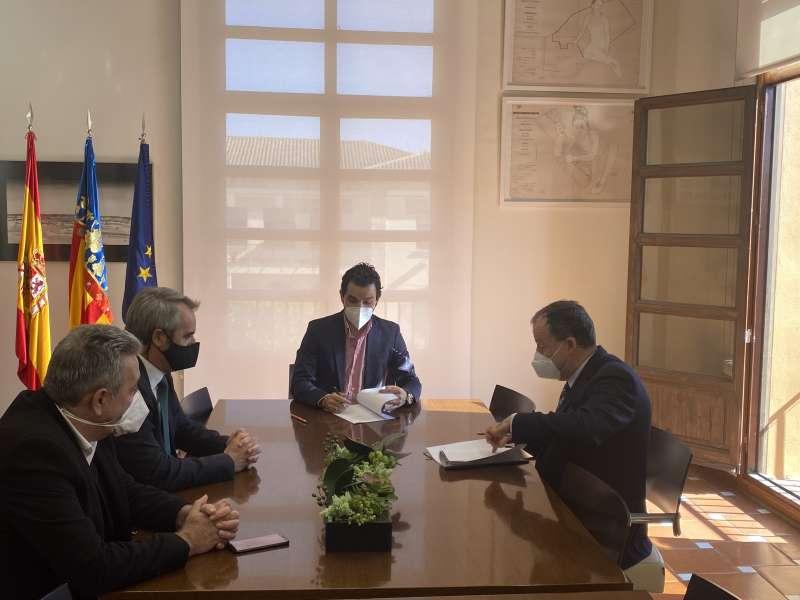 El Presidente de Redit, Fernando Saludes, el Director, Gonzalo Belenguer, y el Alcalde de Paterna, Juan Antonio Sagredo. EPDA