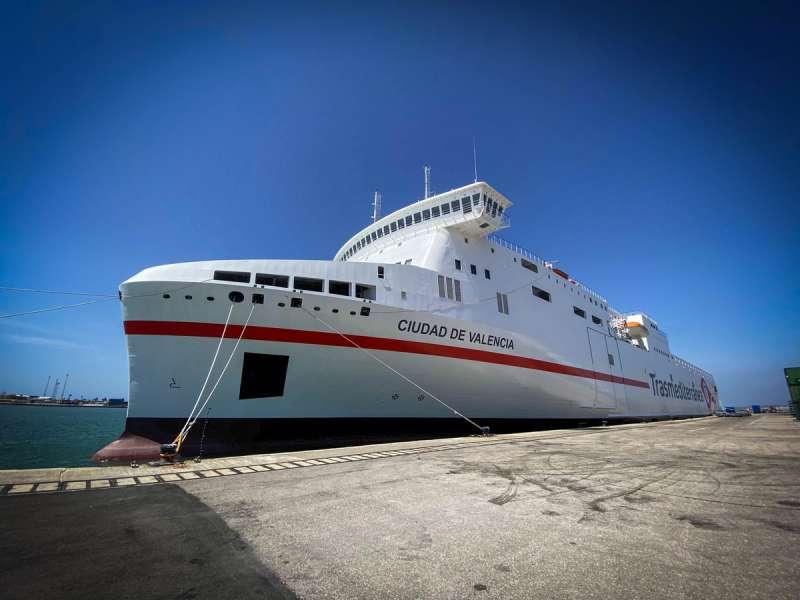 Ferry Ciudad de Valencia./EPDA