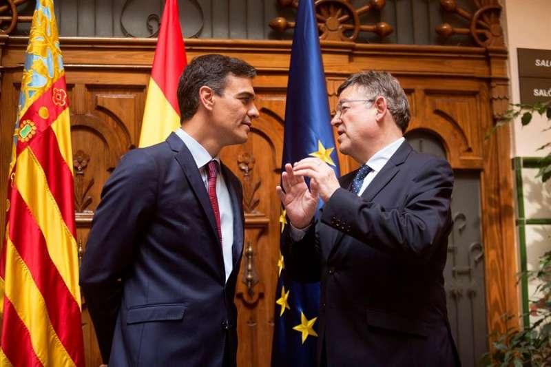 El presidente del Gobierno, Pedro Sánchez, junto al president de la Generalitat, Ximo Puig, en una imagen de archivo. EFE