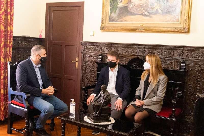 Hector Melero recibido por el alcalde