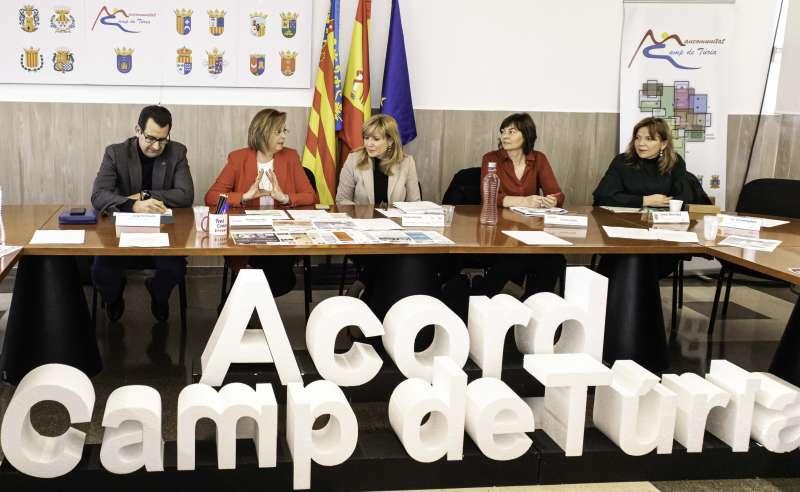 Instante de la reunión del Observatorio de empleo y empresa de la Mancomunitat de Camp de Túria