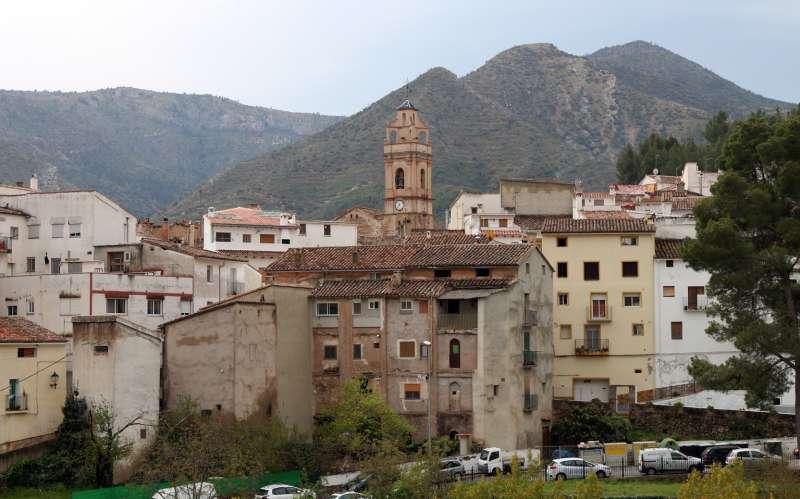Vista del casco urbano de Montán