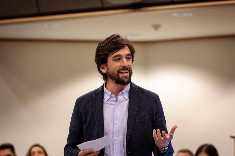 Adrián Vázquez. EPDA