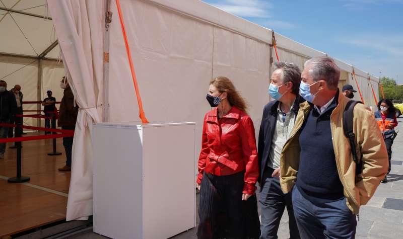 Amparo Marco visita el punt de vacunació massiva/EPDA