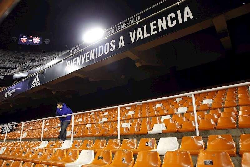 Un estadio de Mestalla vacío, en una imagen de archivo. EFE