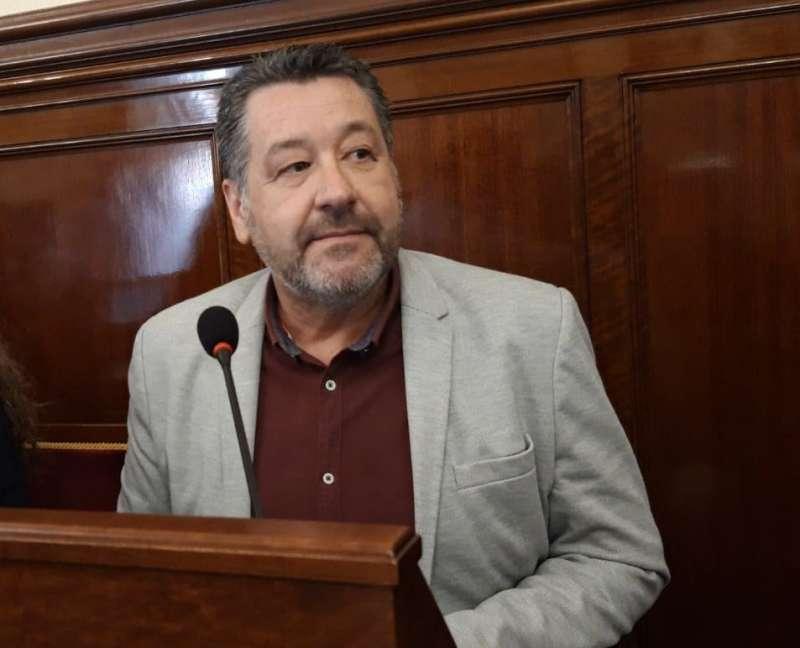 Antonio Cases deja la Diputación