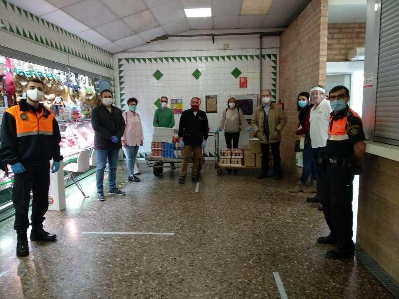 Donació dels aliments en Manises pel coronavirus. EPDA