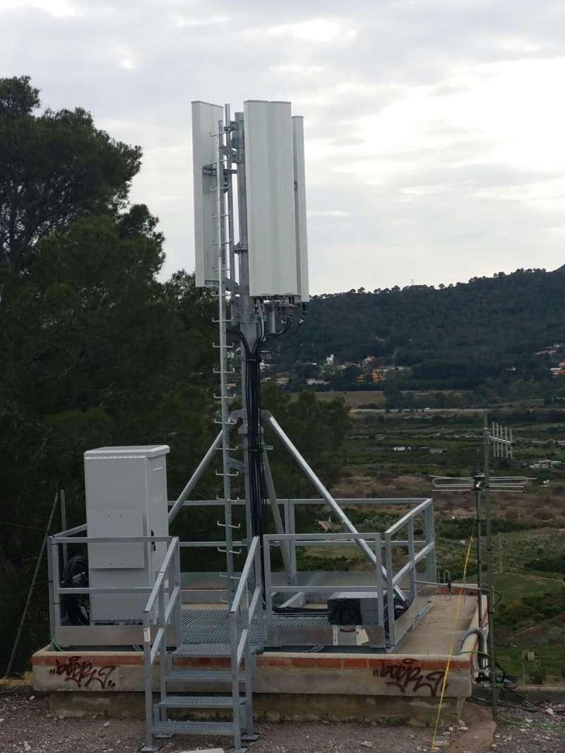Antena instalada en Petrés