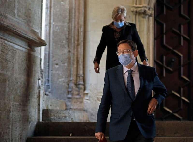 El president de la Generalitat, Ximo Puig, y la consellera de Sanidad, Ana Barceló, en una imagen reciente. EFE