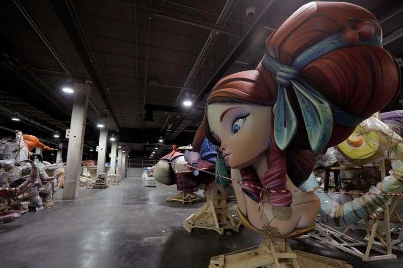 Parte de una falla en Feria València. EPDA