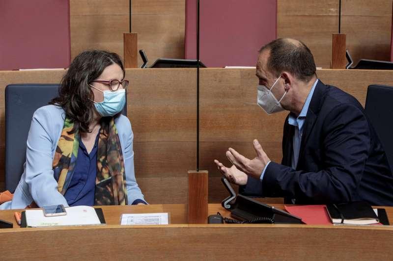 La vicepresidenta del Consell, Mónica Oltra y el vicepresidente segundo, Rubén Martínez Dalmau