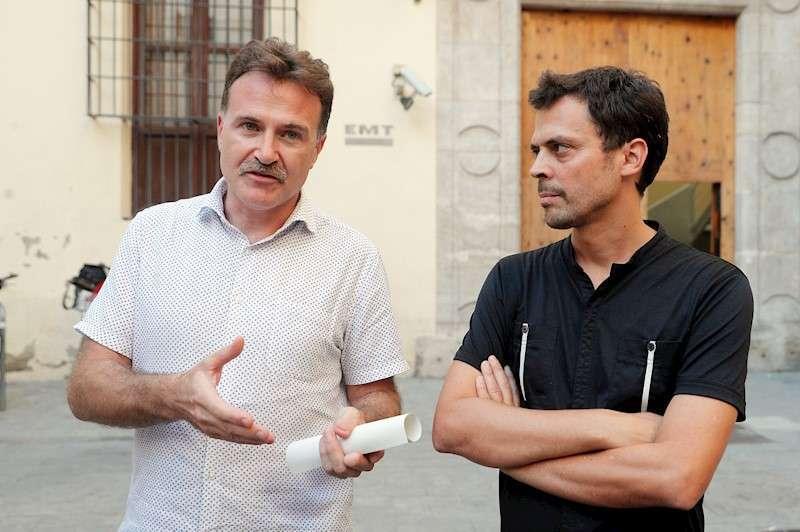 Grezzi y el gerente de la EMT. EPDA